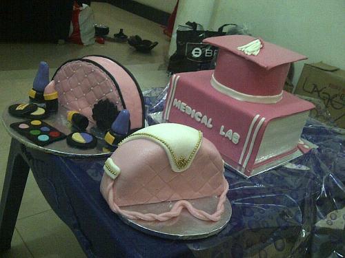 Asaba-20130830-01505- creamy cakes